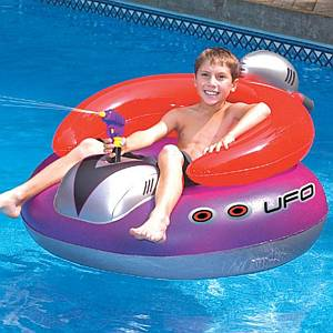 Spaceship Pool Float with Squirt Gun