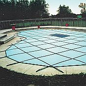 Solid Safety Cover / Pool Size 16ft  x 34ft  Rectangle