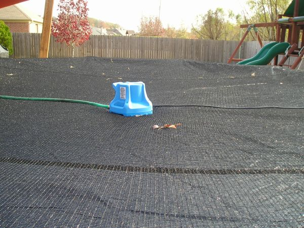 Cover Pumps An Essential Element For Winter Pool Covers